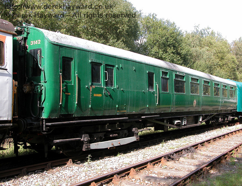 The other coaches from 3142 are currently stored at Shepherdswell. This is motor coach 11161, pictured on 19.09.2006