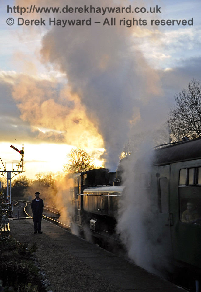 it is dusk at Horsted Keynes as 3650 waits to leave with a Santa Special.  08.12.2012  5998