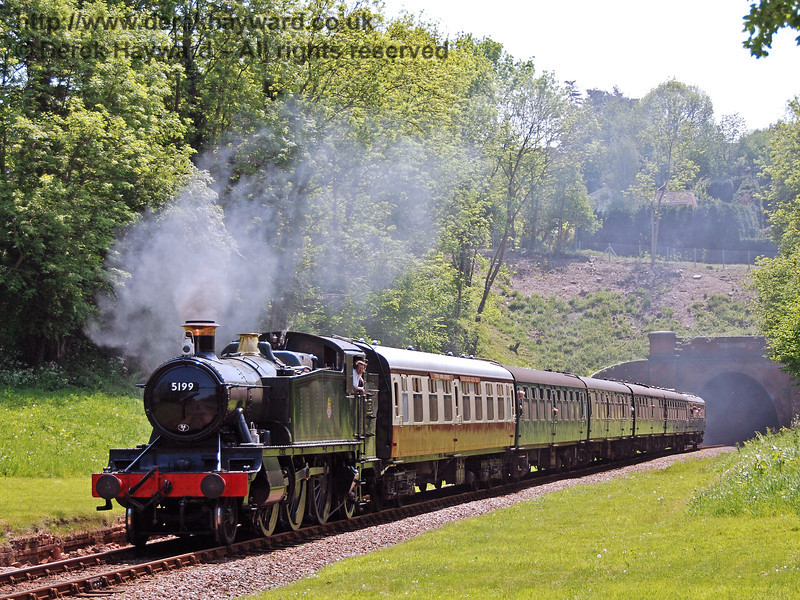 5199 emerges from West Hoathly tunnel with a service train. 11.05.2008