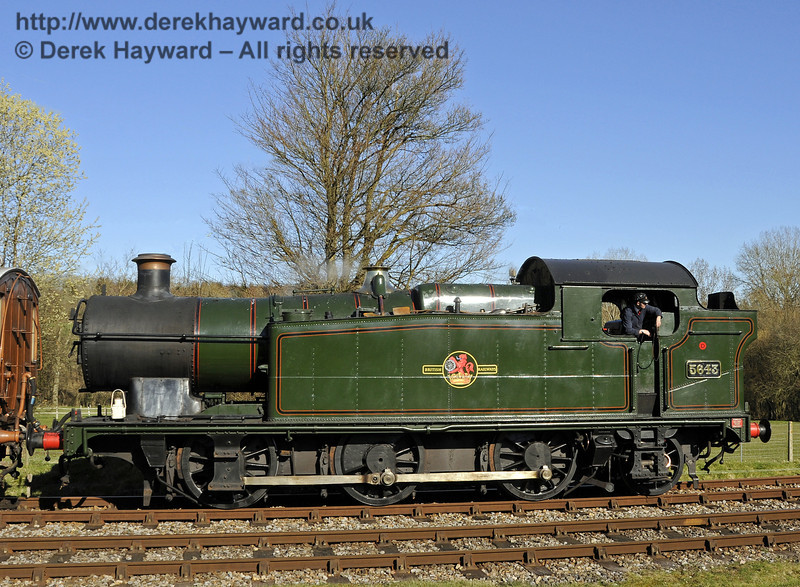 5643 at Kingscote.  16.03.2014  10053