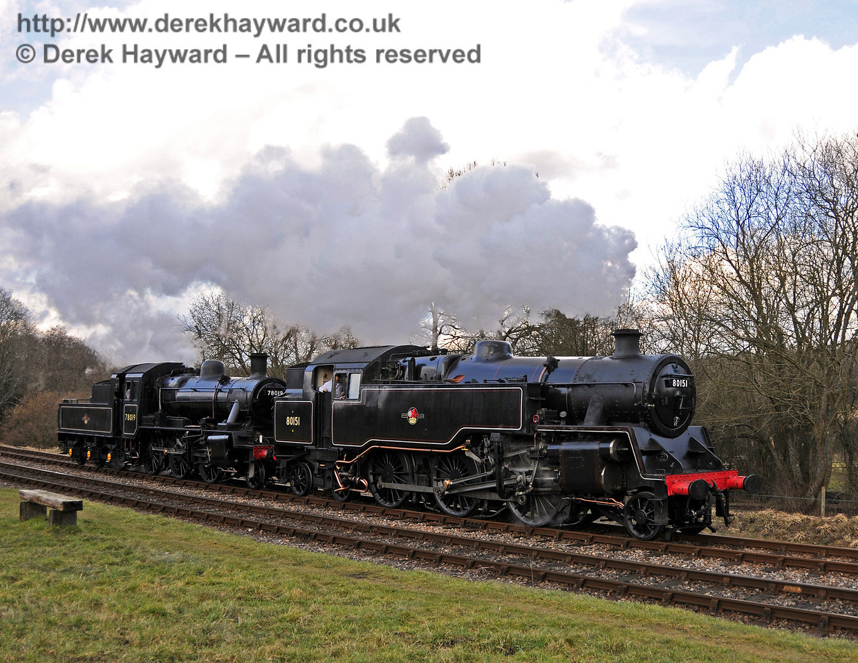 80151 and 78019 run round at Kingscote. 20.02.2010