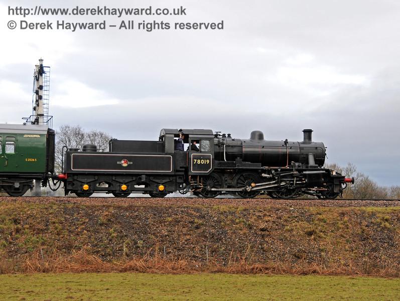 78019 runs into Sheffield Park. 21.02.2010