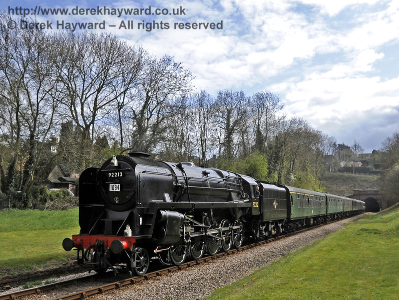 92212 passes through the site of West Hoathly station.  15.04.2012  4425