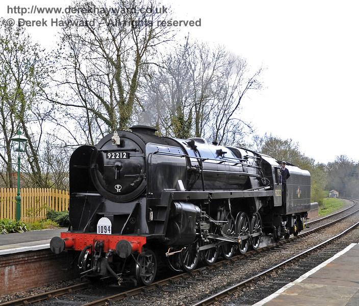 92212 at Kingscote.  15.04.2012  4390