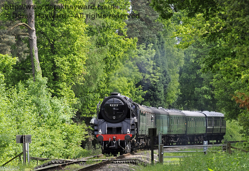 92212 approaching Birch Farm Crossing with a service train.  09.06.2013  7237