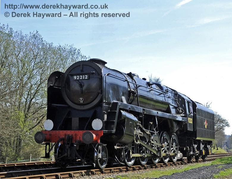 92212 poses at Kingscote  06.04.2012  4290