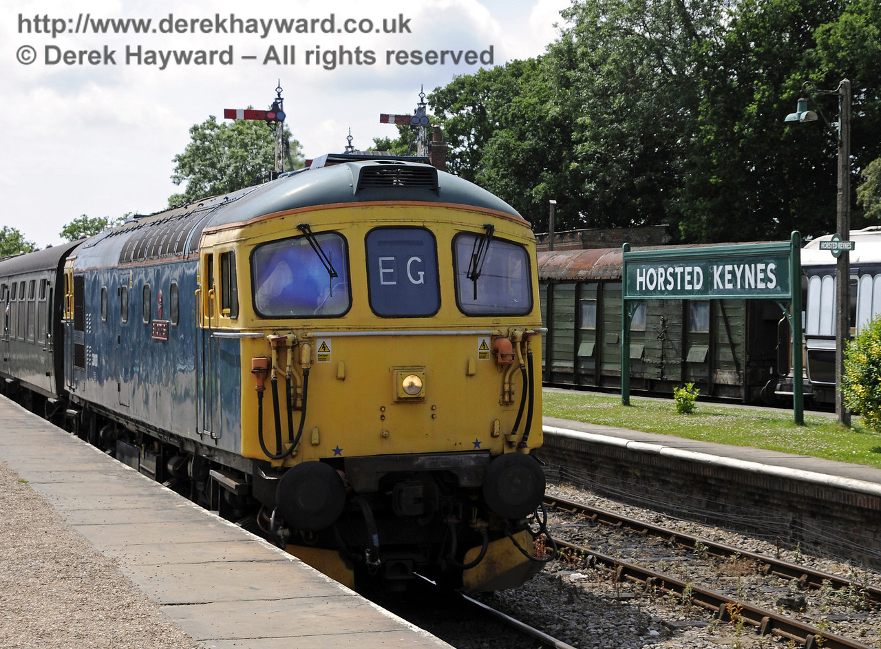 33103 Swordfish at Horsted Keynes.  30.06.2013  9245