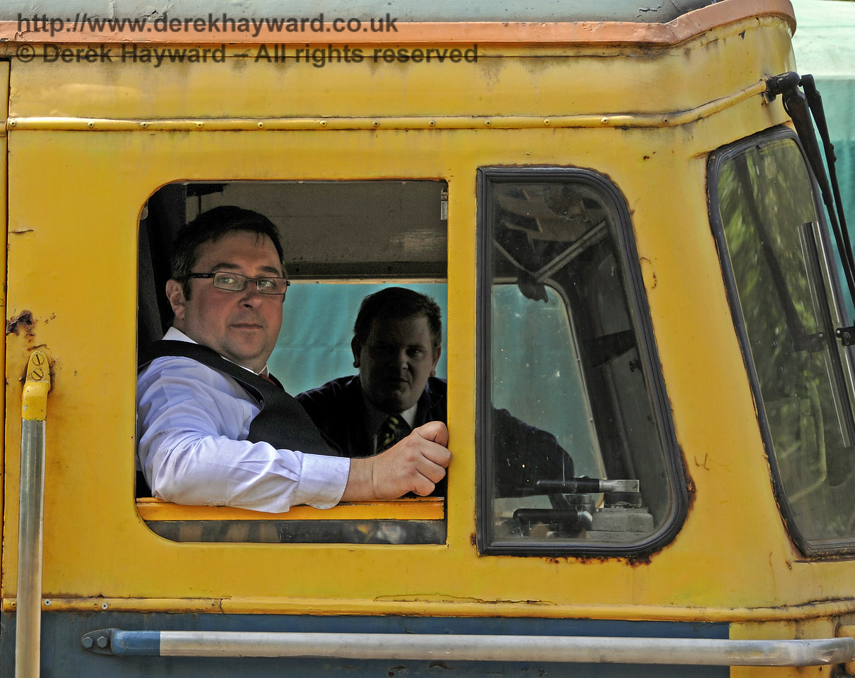 33103 Swordfish at Kingscote, with Operations Director Neil Glaskin in the cab.  30.06.2013  9247