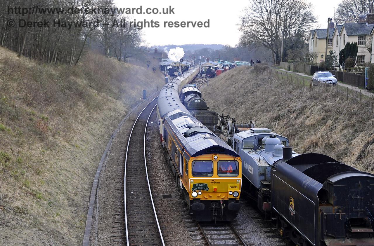 "66739 ""Bluebell Railway"" approaches Leamland Bridge.   28.03.2013  6466"