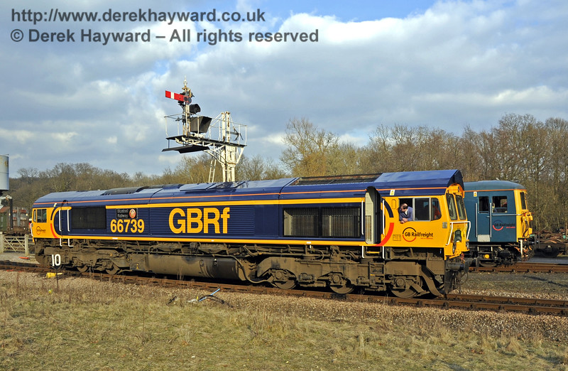 """66739 """"Bluebell Railway"""" passes the Horsted Keynes northbound Inner Home signal.  28.03.2013  6466"""