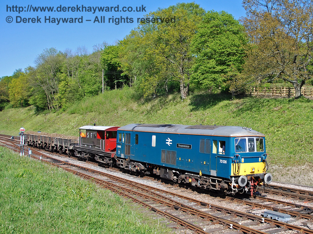 73136 (E6043) arrives at Horsted Keynes with the loaded spoil train. 29.04.2009