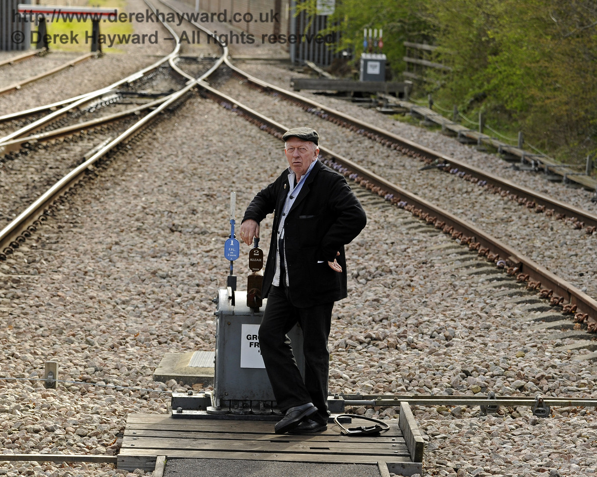 In charge of the ground frame at East Grinstead.  19.04.2015  10854