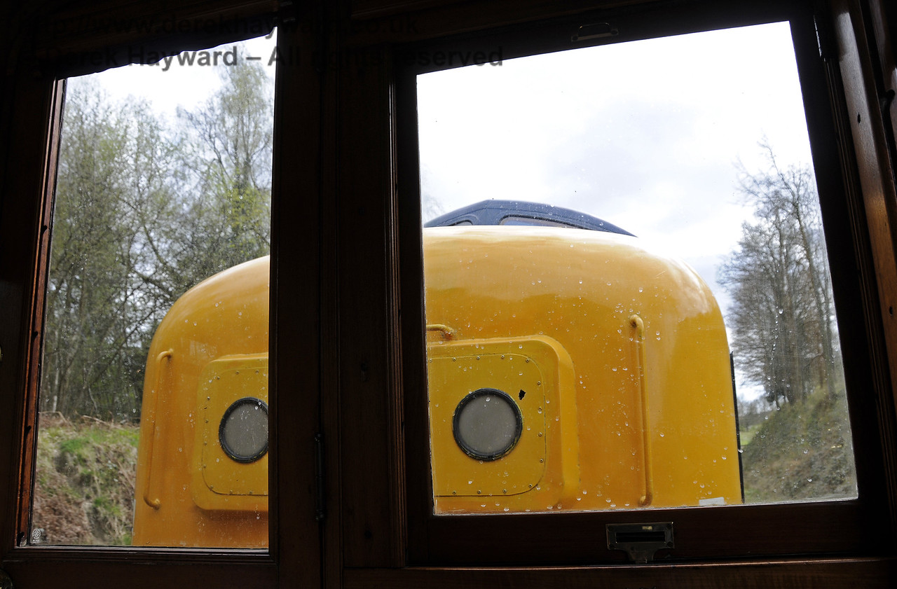 The view from the windows of the Directors Saloon is somewhat obstructed if you are being hauled by a Deltic...!  19.04.2015  12323