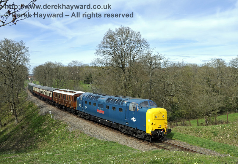 55019 Royal Highland Fusilier runs south towards Caseford Bridge.  17.04.2015  12214