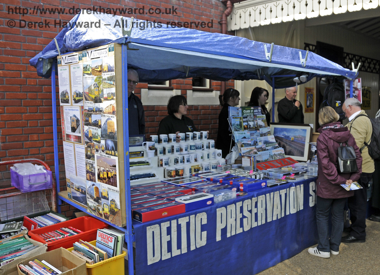 The Deltic Preservation Society stand at Sheffield Park.  19.04.2015  12332