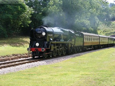 34059 heads for Kingscote