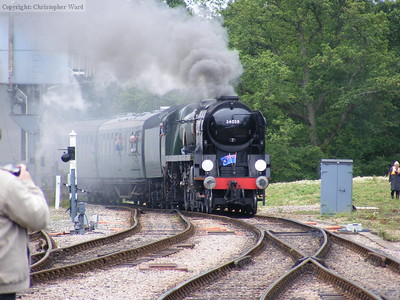 34059 approaches Horsted Keynes