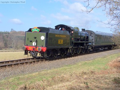 1638 drifts south with her return to steam special