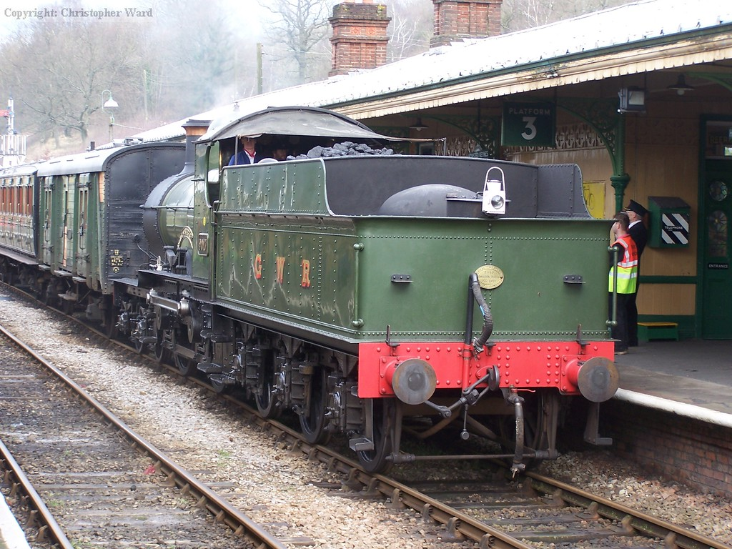 9017 arrives from Kingscote