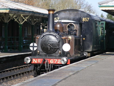 Fenchurch waits to leave Kingscote