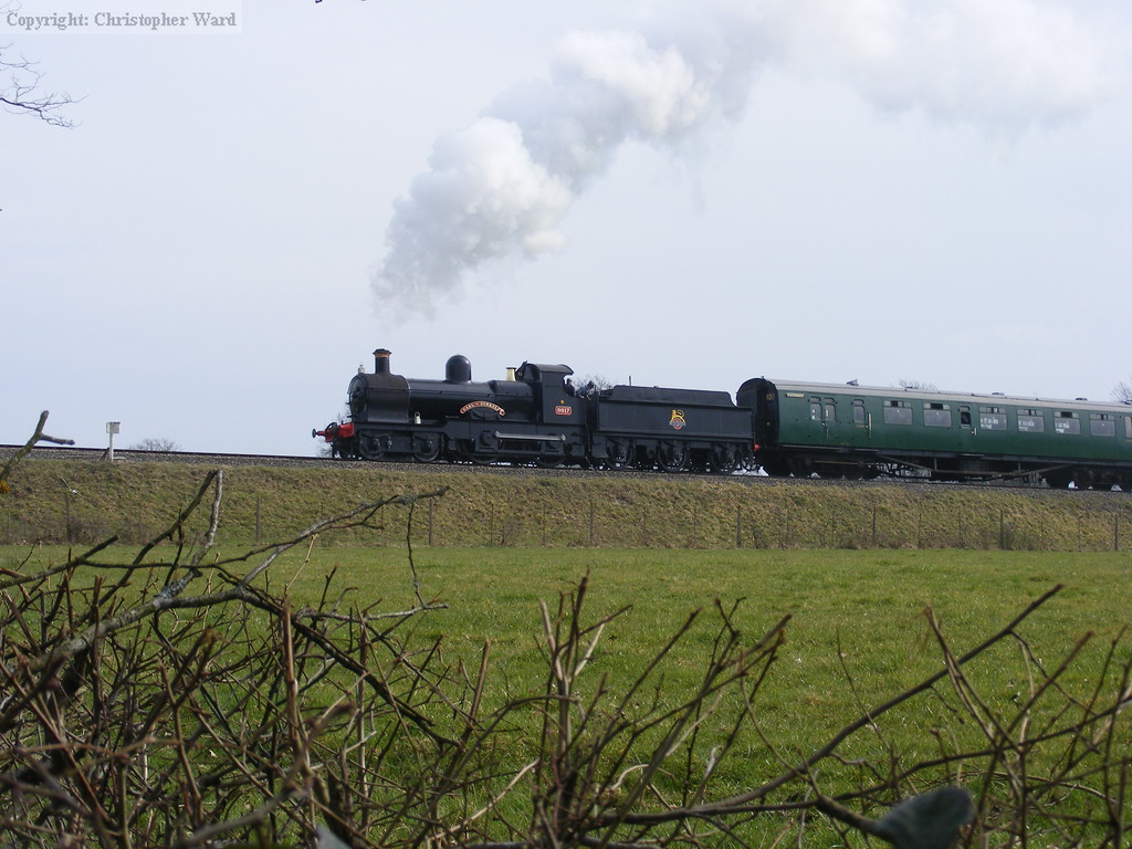 9017 approaches from the south with another service