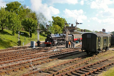 Reunited with the Mk.1s, Camelot pulls away from Horsted Keynes