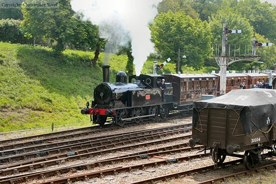 1054 gets away from Horsted Keynes with an East Grinstead train