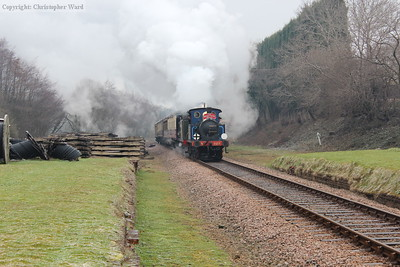 323 and 473 make a spirited effort on the approach to the former station