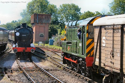 30541 brings the Southern Railway stock into the platform as the 09 gets the freight out of the platform into the siding