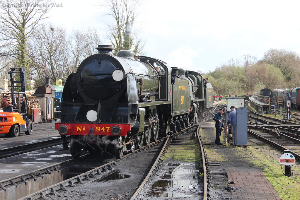 The matching Maunsell machines move off-shed