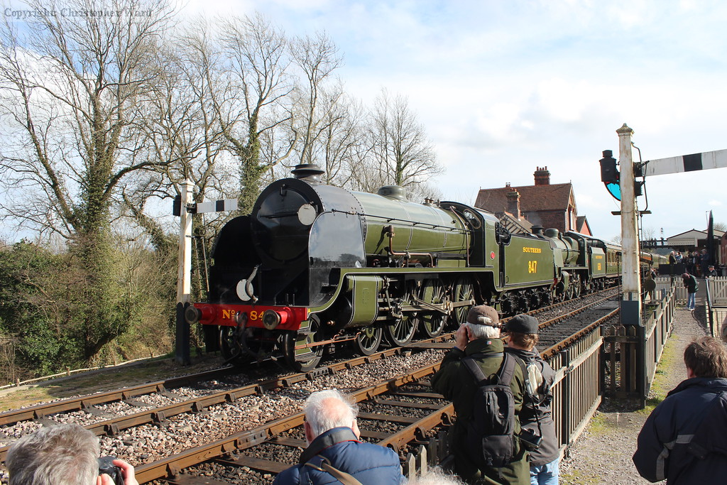 The Maunsell duo await departure