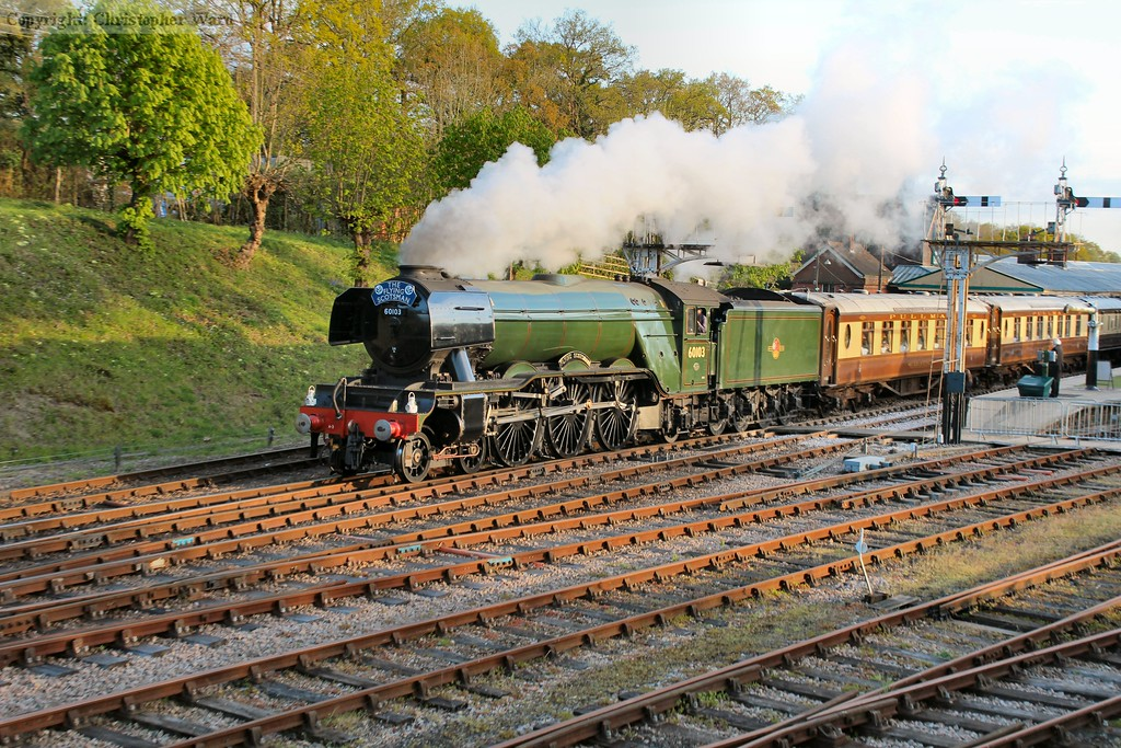 Flying Scotsman opens up after passing through