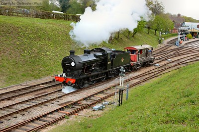 30541 saunters through with the Queen Mary in tow