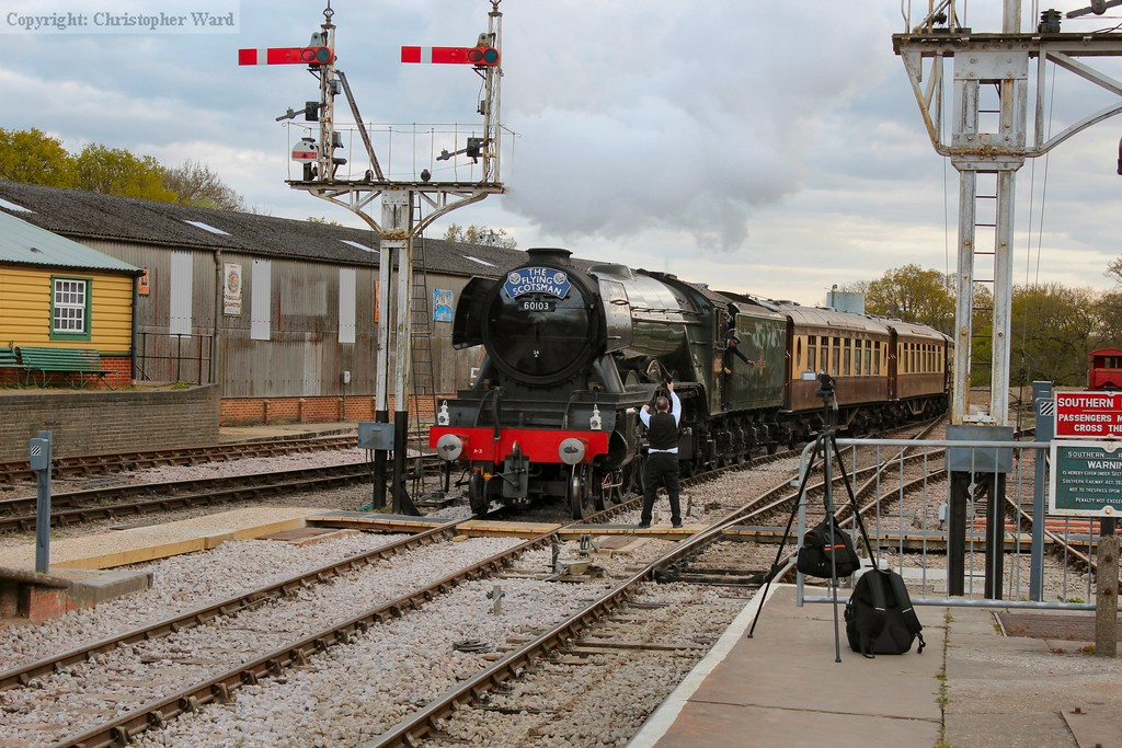 Flying Scotsman brings the dining train into Horsted Keynes