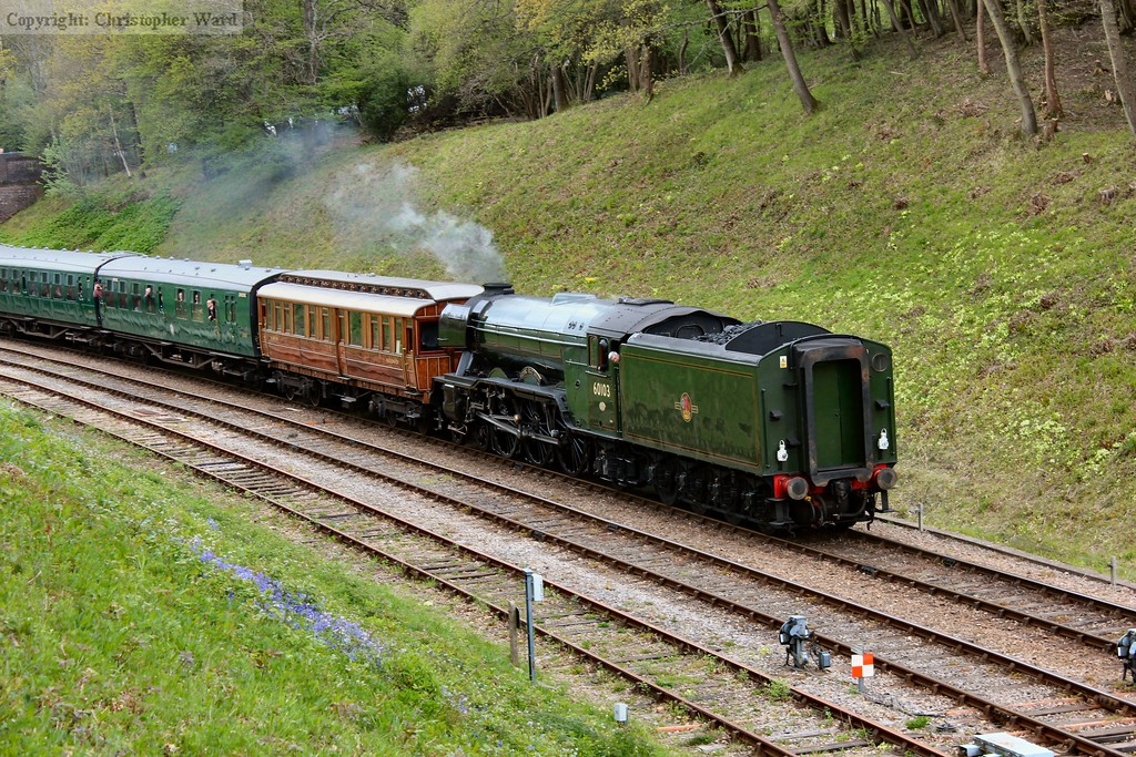 60103 returns south with the GNR saloon providing a nice contrast