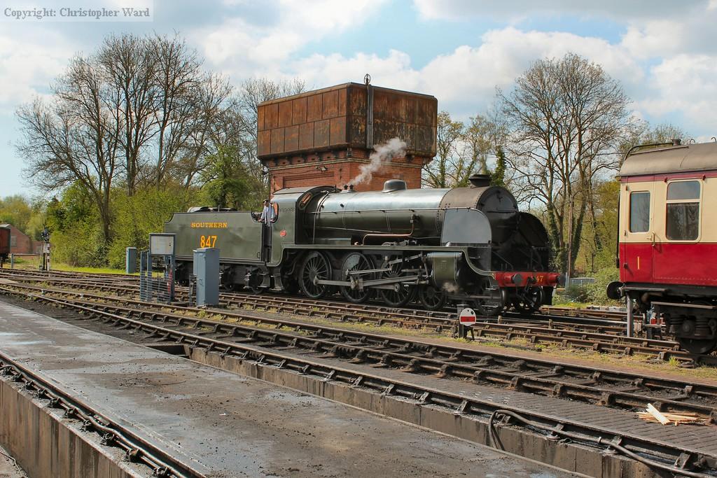 847 runs round her train