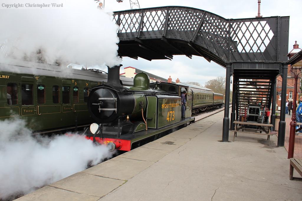 B473 runs through the platform