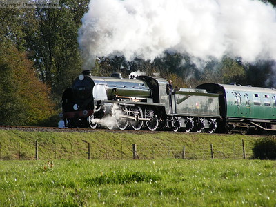 30777 approaches Horsted Keynes