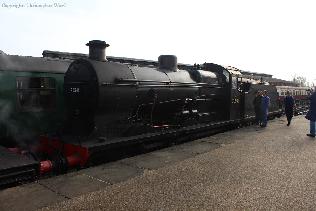 30541 waits to back onto her passenger stock