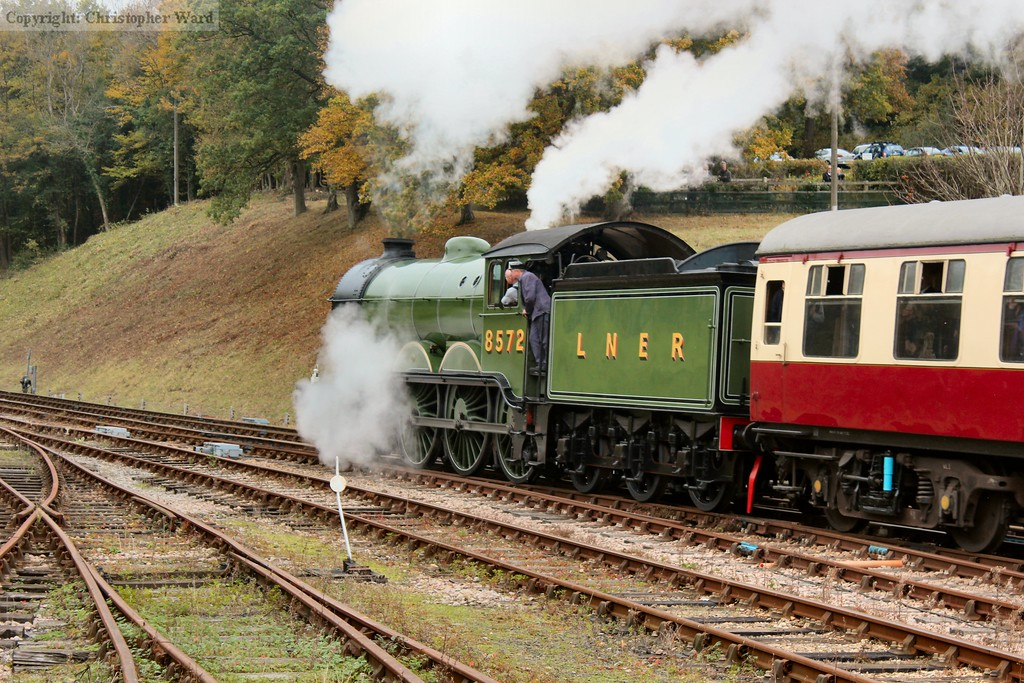8572 heads away for East Grinstead
