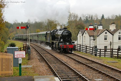 The 8F approaches Kingscote with her first train of the day