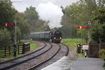 70000 brings her train toward Kingscote