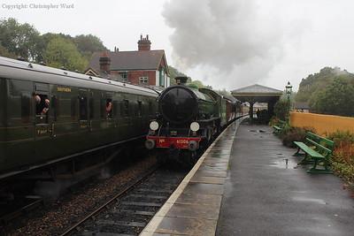 A very damp Kingscote as the B1 brings her train through