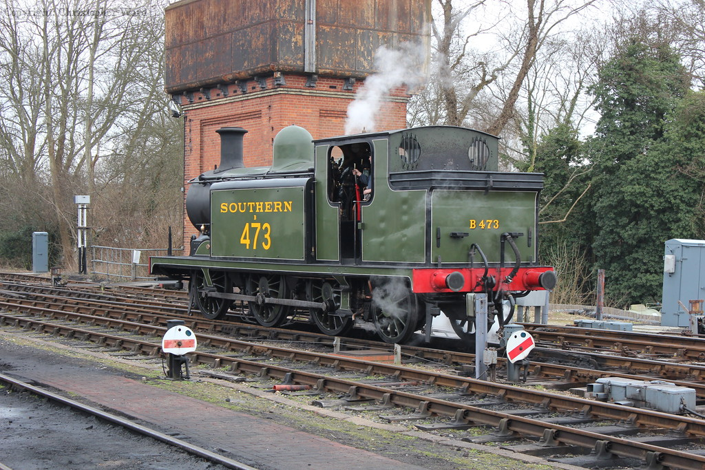 The E4 waits permission to return to the station to take water