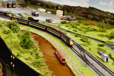 A N gauge HST hurries along a canal