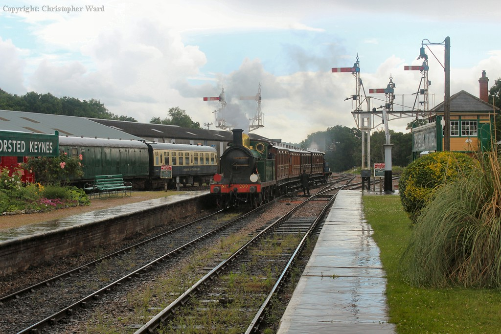 The H class brings the shuttle into Horsted