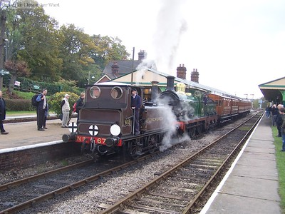 672 and 65 prepare to leave Horsted Keynes
