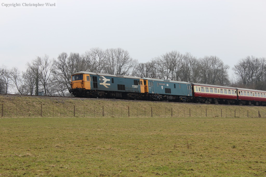 73207 leading 73119 into Horsted Keynes. Possibly the first ever Mk.2 carriages to use the Bluebell?