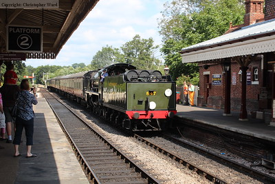 847 rolls in with a train from East Grinstead