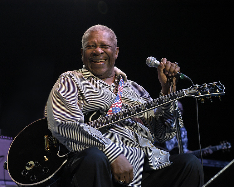B.B. King at the Concord Pavilion in Concord, CA on 8-1-03, on tour with Jeff Beck.